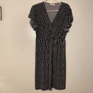 Jon & Anna criss cross V-neck dress, size 2X.